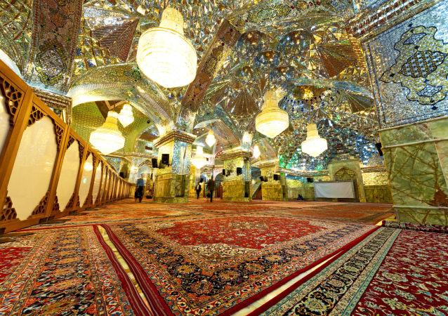 مسجد شاه جِراغ في إيران