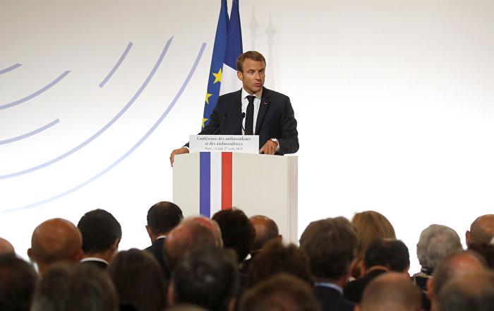ماكرون: الاتحاد الأوروبي في خطر