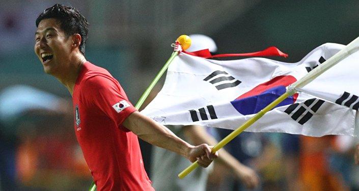 مهاجم المنتخب الكوري الجنوبي و توتنهام الإنجليزي، هيونغ مين سون
