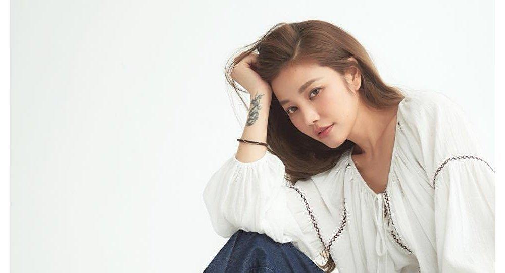 مصممة الأزياء الصينية لور هسو