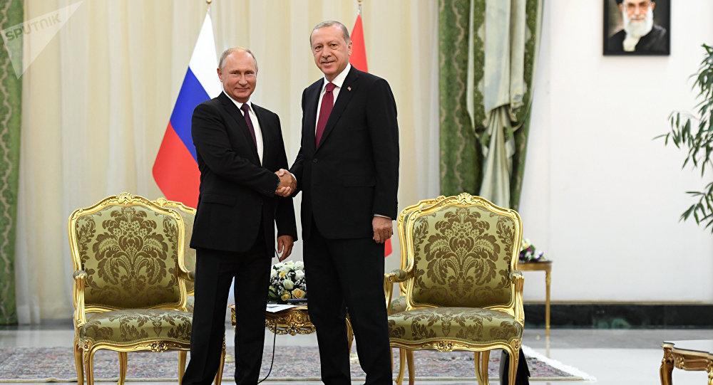 بوتين وأردوغان خلال القمة الثلاثية في طهران