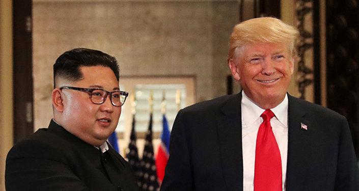 زعيم كوريا الشمالية كيم جونغ أون والرئيس الأمريكي دونالد ترامب