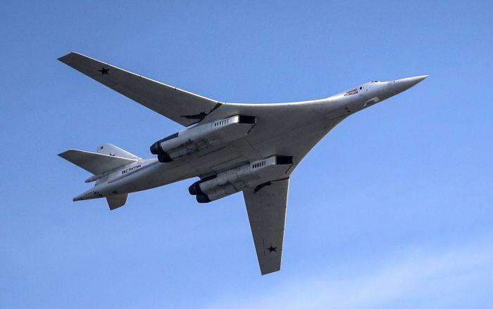 بوتين يقترح صناعة طائرة ركاب فرط صوتية
