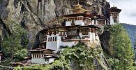 معبد عش النمر في مملكة بوتان، شرق جبال همالايا جنوب آسيا