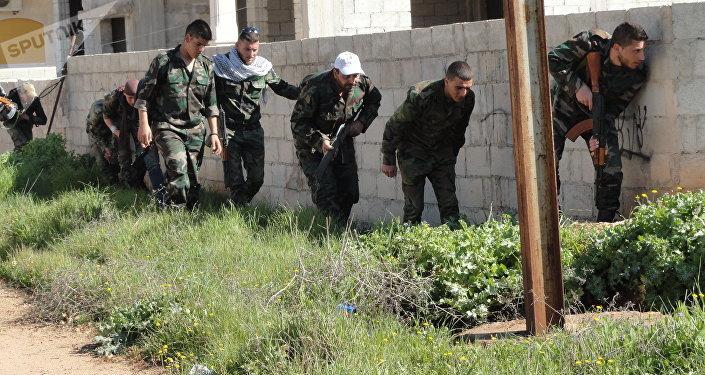 الجولاني يدمج مسلحي داعش بالنصرة في حارم.. ويعيد إسكانهم قرب المنطقة (منزوعة السلاح)