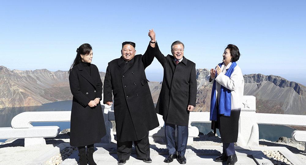 رئيس كوريا الجنوبية وزعيم كوريا الشمالية