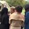 الأمير هاري يبتكر طريقة جديدة لتقبيل المحجبات وهكذا ردت عليه إحداهن