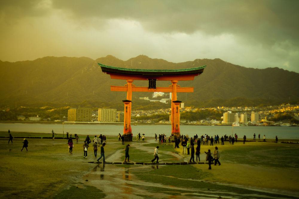جزيرة إتسوكوشيما، اليابان