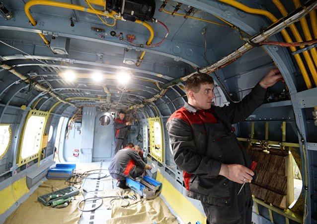 تركيب معدات حماية الطائرة من الصواريخ المهاجمة