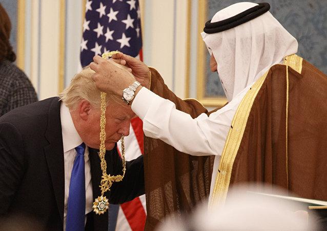 دونالد ترامب - الملك سلمان