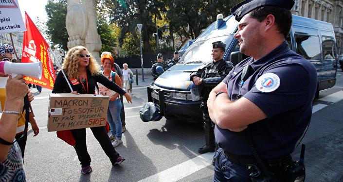احتجاجات عمالية في فرنسا