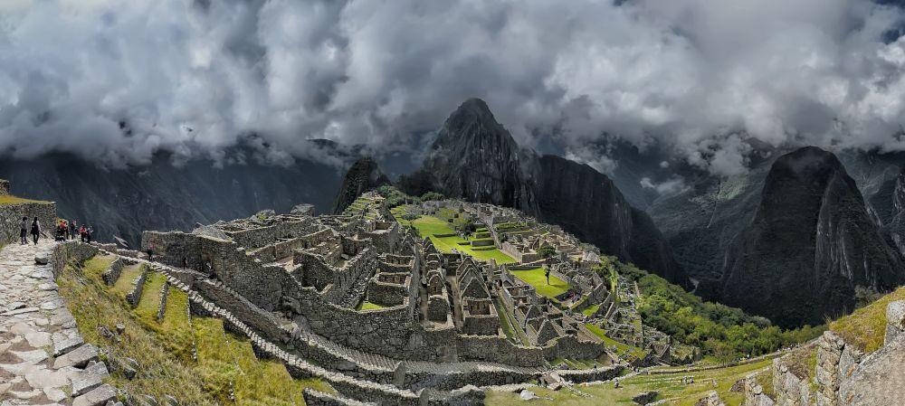 هويانا بيتشو (القمة الصغيرة)، بيرو