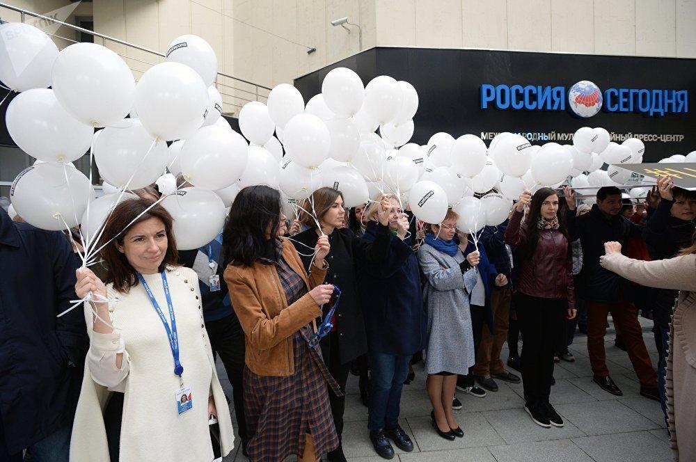 اعتصام صحفيي وكالة روسيا سيغودنيا تضامنا مع الصحفي المعتقل الروسي كيريل فيشينسكي، موسكو 12 أكتوبر/ تشرين الأول 2018