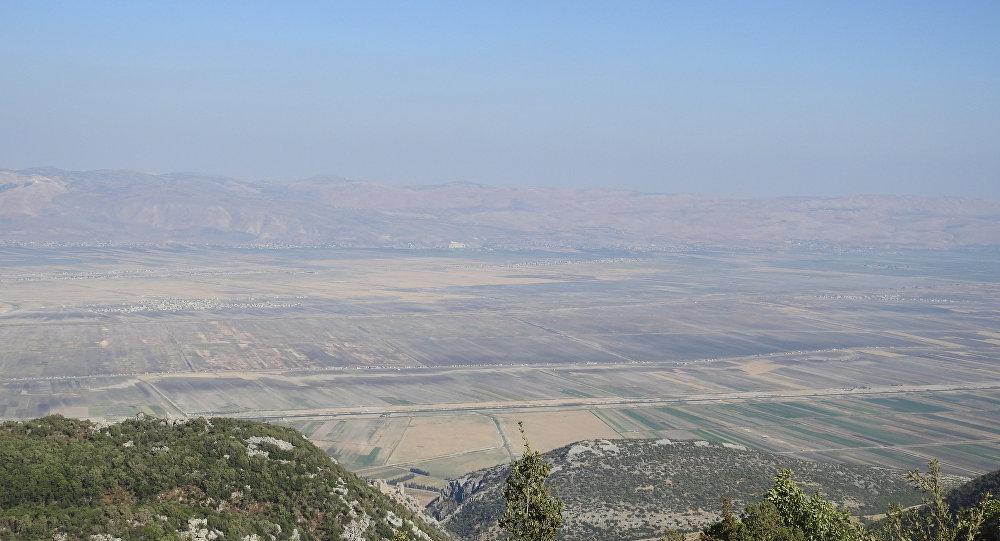 النصرة تقتل مدنيا وتعتقل العشرات من إحدى قرى منزوعة السلاح جنوب إدلب