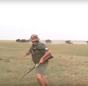أفيال تهاجم صيادين لإطلاقهم النار على واحد منهم