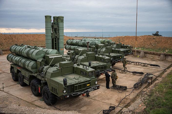 منظومة الدفاع الجوي إس-400