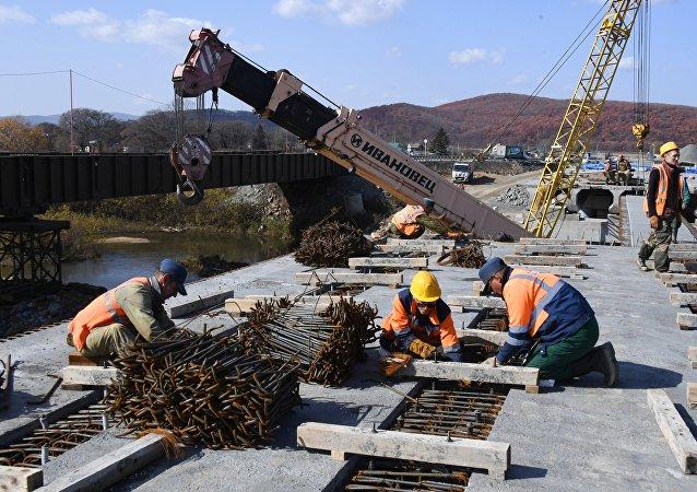 إصلاح الجسر في منطقة بريموريه