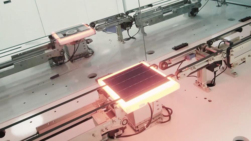 مصنع الألواح الشمسية في الرياض