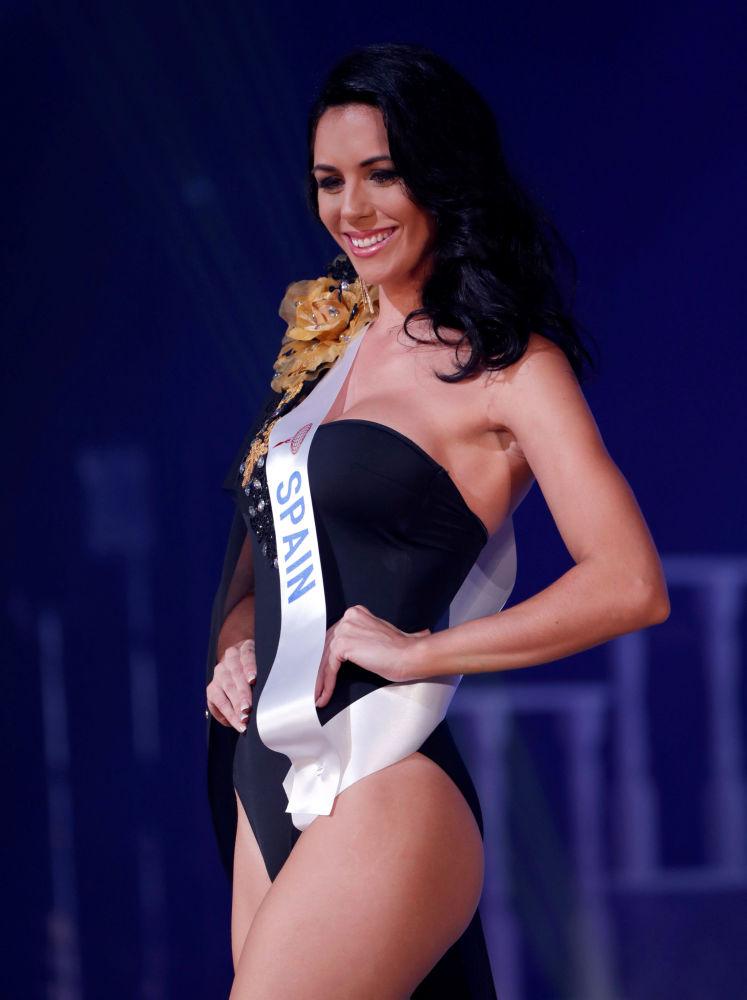 الإسبانية سوزانا سانشيز فرنانديز في مسابقة ملكة جمال الأمم - 2018 في طوكيو، اليابان