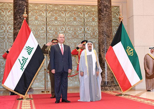 أمير الكويت الشيخ صباح الأحمد الجابر الصباح يستقبل الرئيس العراقي برهم صالح خلال زيارته للكويت