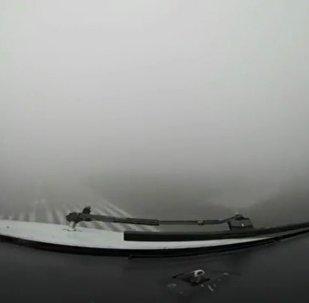 بالفيديو.. كيف يرى الكابتن هبوط طائرته