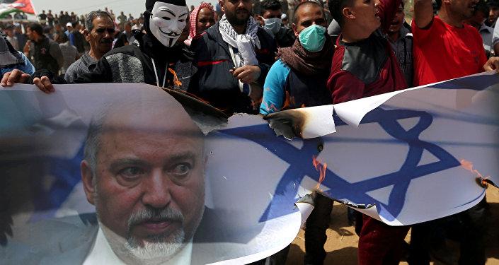 ردود فعل الفلسطينيين في قطاع غزة على استقالة وزير الدفاع الإسرائيلي أفيغدور ليبرمان، 14 نوفمبر/ تشرين الثاني 2018