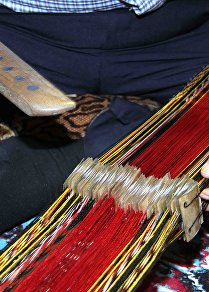 أصغر نول حياكة في العالم لصناعة الكمر الشرقي