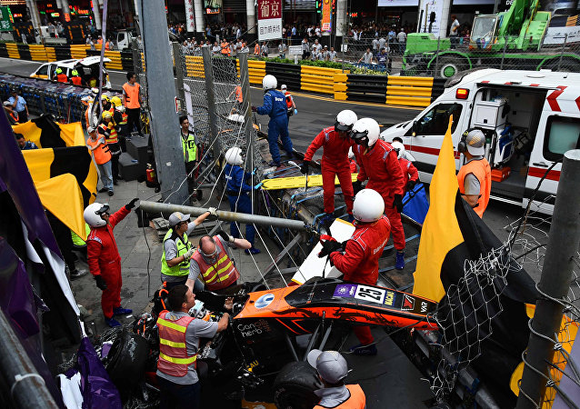 حادث سيارة سباق