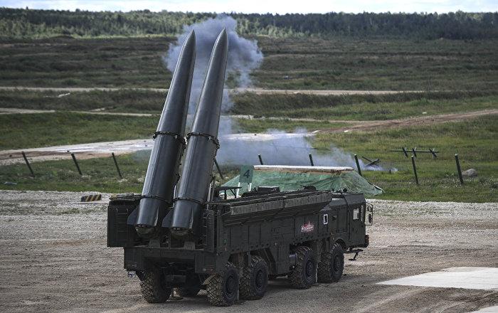 أسطول بحر البلطيق يطلق صواريخ من منظومة