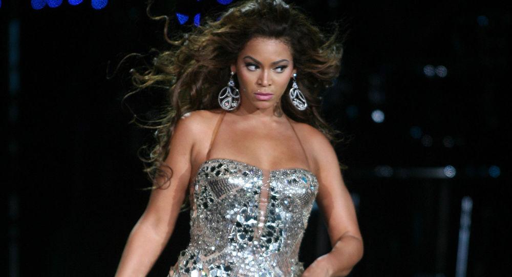 المغنية الأمريكية بيونسيه (Beyonce)