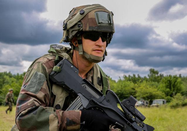 مشروع الجيش الأوروبي - قوات الجيش الفرنسي، جيش أوروبي، فرنسا، أوروبا