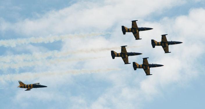 طائرات إل-39