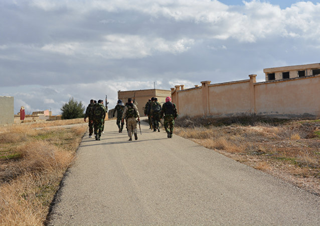 الصينيون التركستان يهاجمون على مواقع الجيش السوري بريف اللاذقية