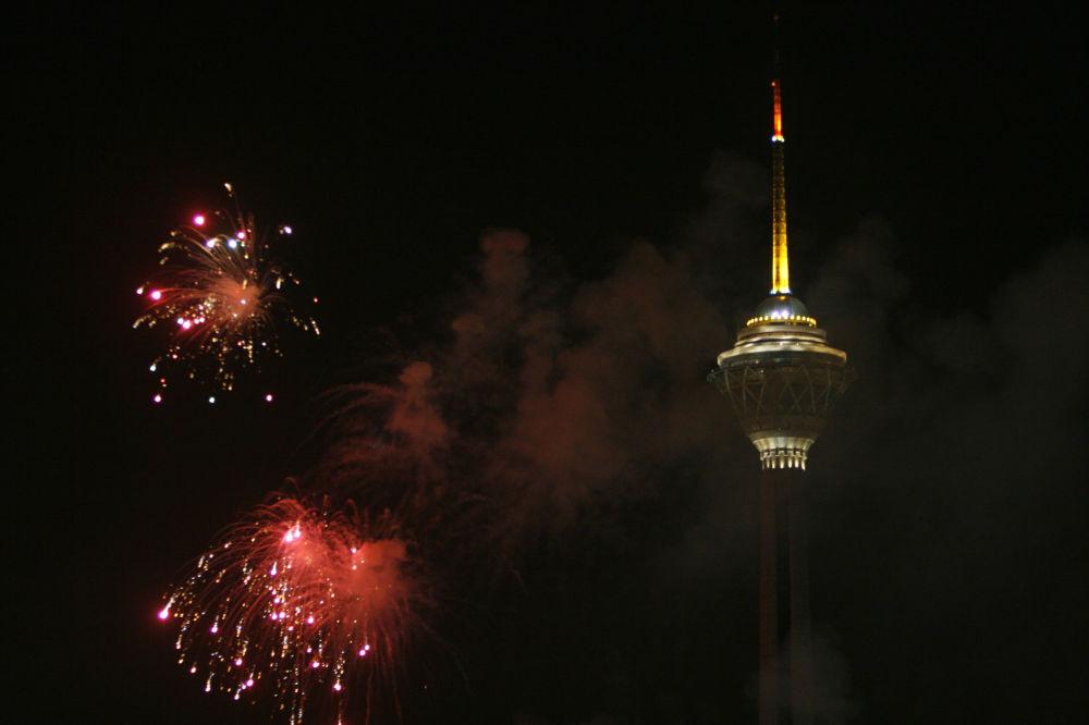 برج التلفزيون ميلاد في طهران، الصين