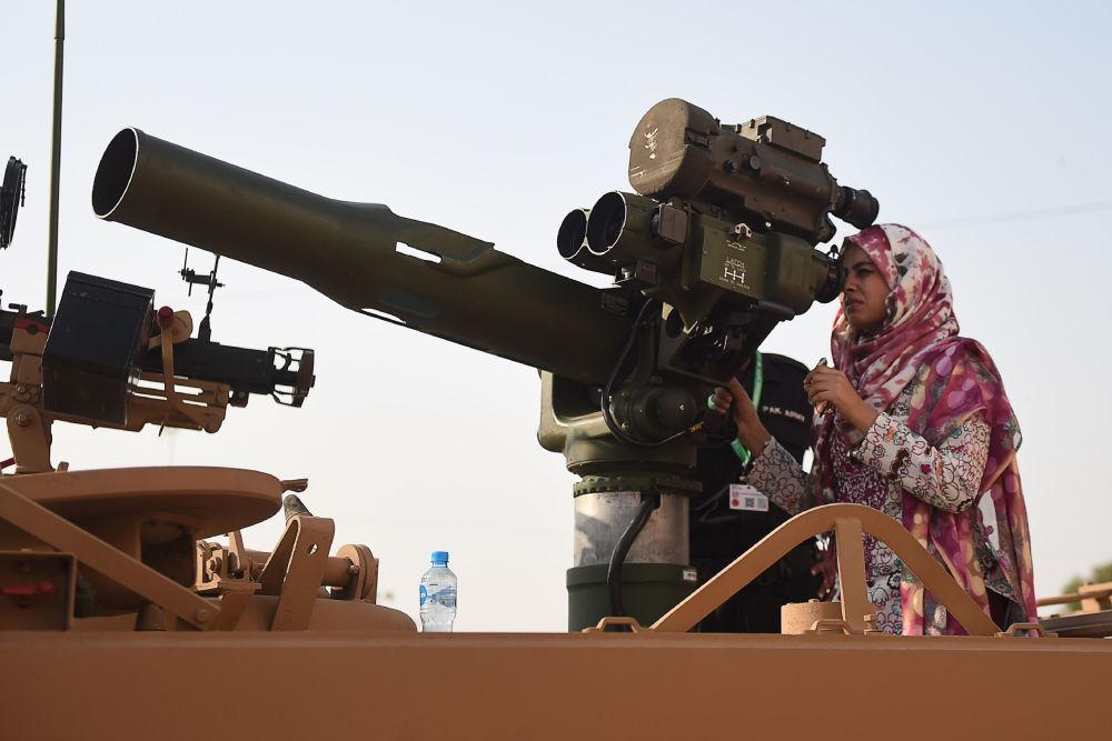 المعرض العسكري الدولي آيدياس 2018 (International Defence Exhibition and Seminar) في كراتشي،  باكستان، 28 نوفمبر/ تشرين الثاني 2018