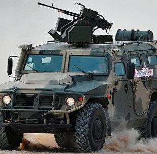 السيارة المصفحة الروسية تيغر والأمريكية هامفي