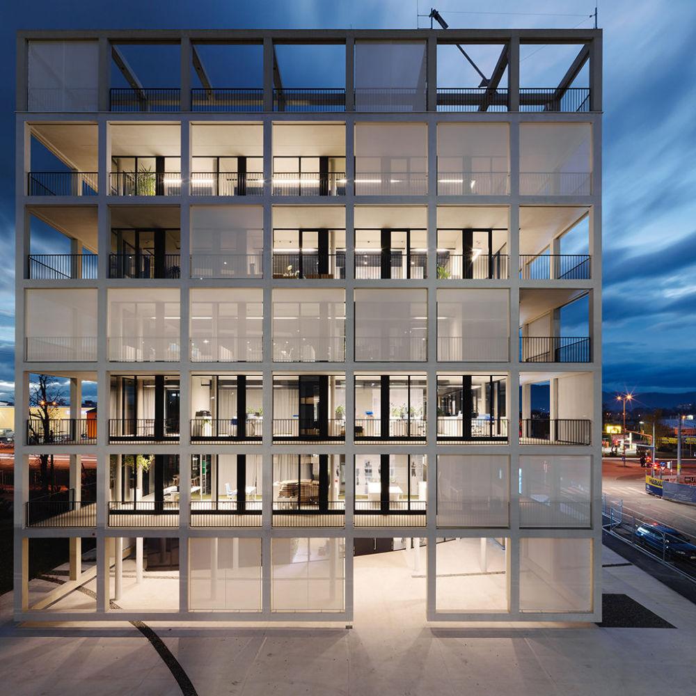 مشروع معماري للمكتب الرئيسي لشركة C&P Corporate في النمسا، الذي فاز في فئة مشروع البناء المكتمل