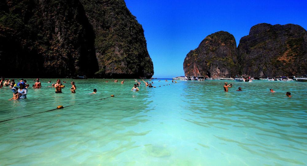 أحد شواطئ جزيرة كرابي، تايلاند