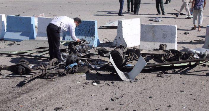 قتل ثلاثة أشخاص في هجوم نفذ بسيارة مفخخة في مدينة تشابهار الساحلية جنوب شرقي إيران، اليوم الخميس، بحسب وسائل إعلام إيرانية، 6 ديسمبر/ كانون الأول 2018