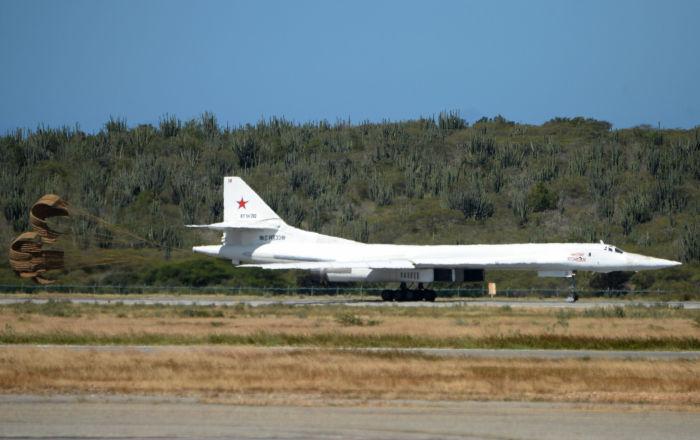 """كيف كبحت روسيا جماح الولايات المتحدة بمساعدة """"تو-160"""""""