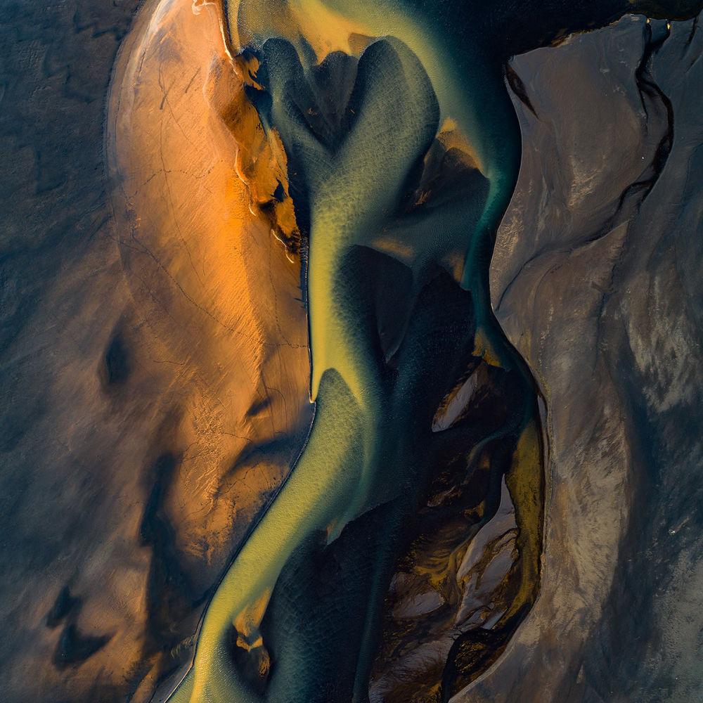 مصب النهر (أو الخور) أفال (Affall) في آيسلندا