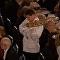 شاهد كيف تفادى نادل خطأه في حفل عشاء جائزة نوبل
