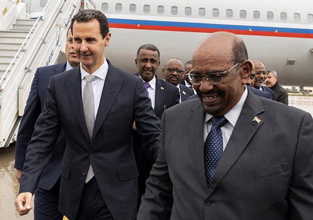 الرئيسان السوري بشار الأسد والسوداني عمر البشير
