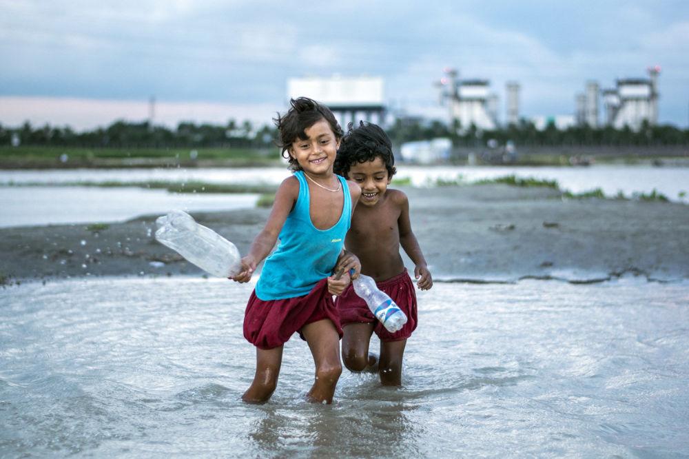 صورة للمصور فاردن أويان من بنغلادش، الفائزة في فئة التصوير أفضل صور للرحالة بين 15-18 عاما
