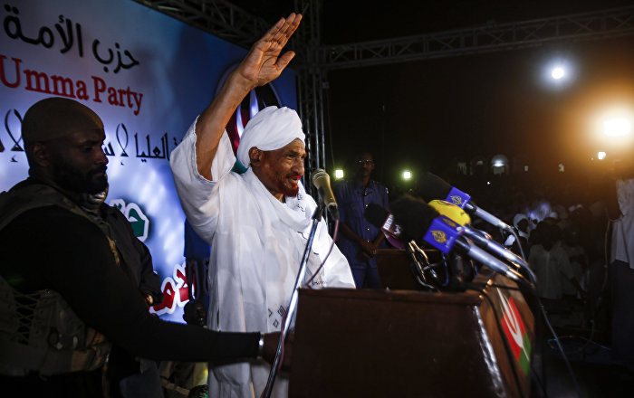 السودان... الصادق المهدي يتبى مبادرة جديدة لحل الأزمة السياسية