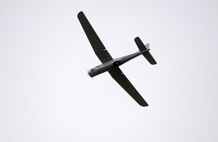 طائرة درون