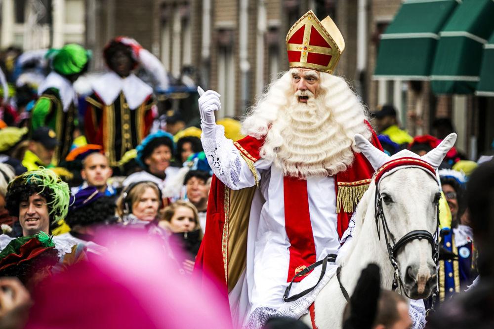 سانتا كلوز في هولندا وبلجيكا