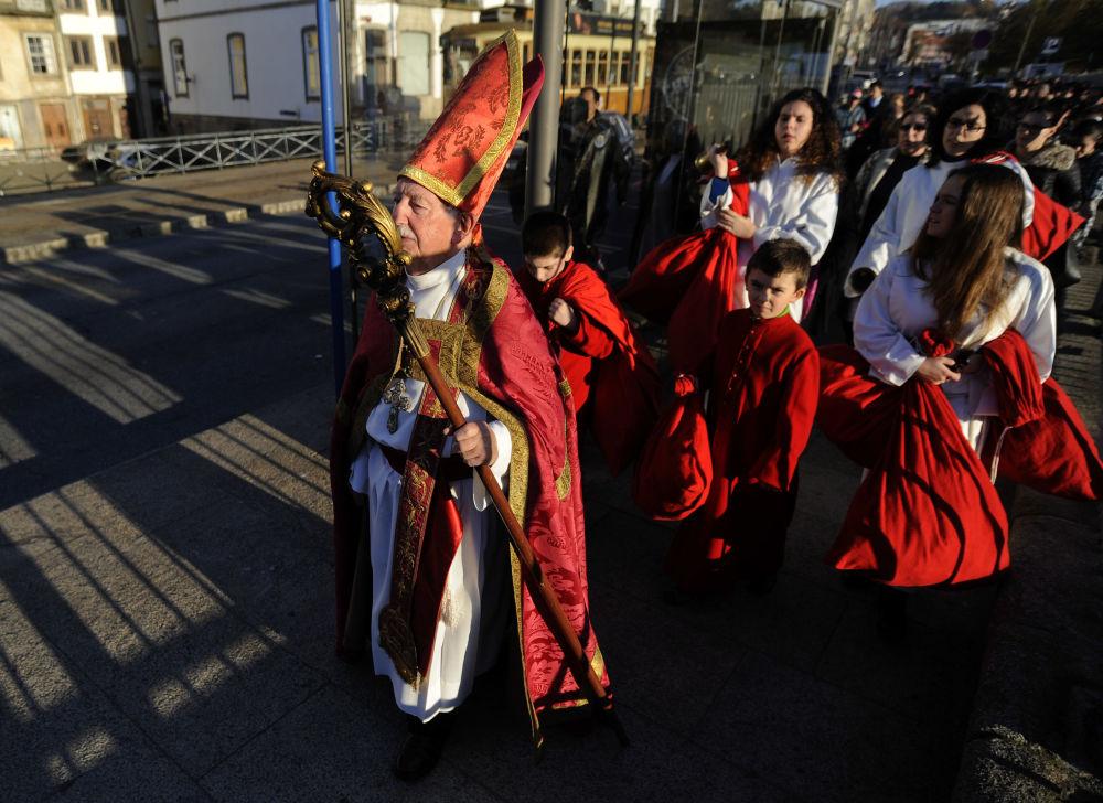 بابا نويل برتغالي، القديس نقولا