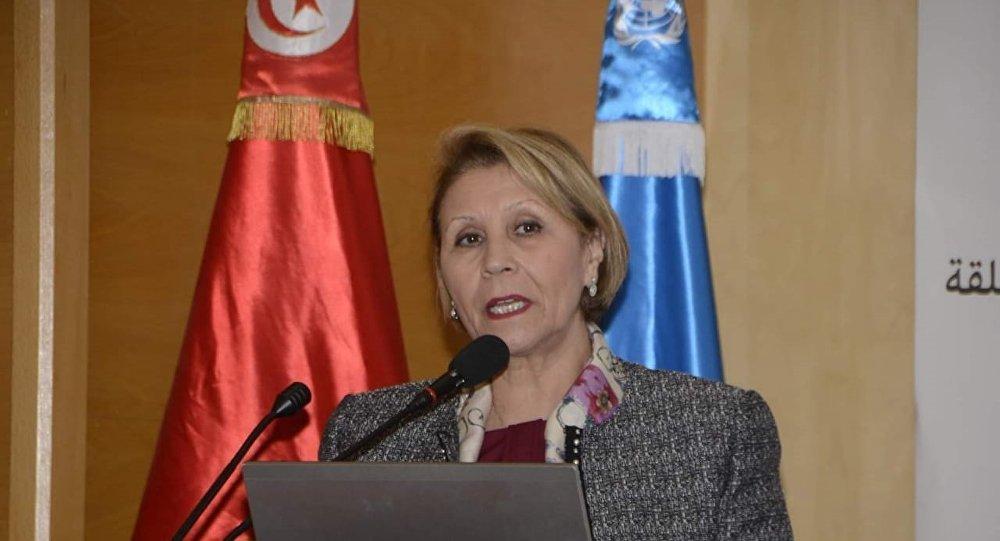 نزيهة العبيدي، وزيرة المرأة والأسرة والطفولة وكبار السن في تونس