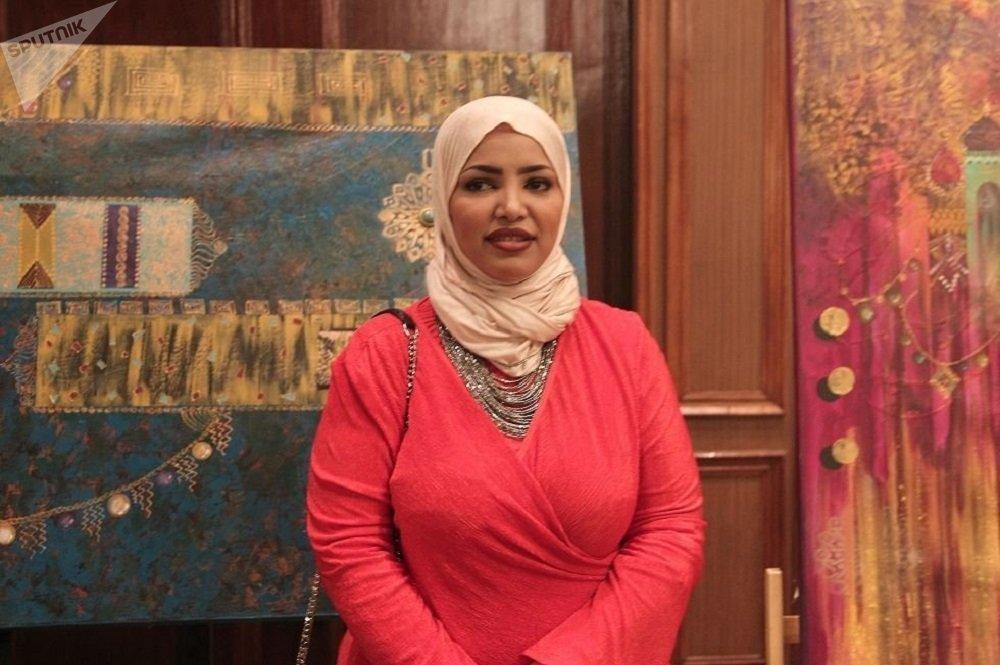 الفنانة السعودية سميرة الأهدل
